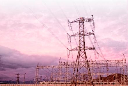 Advierten de retraso en construcción de línea de transmisión clave para el desarrollo de las energías renovables
