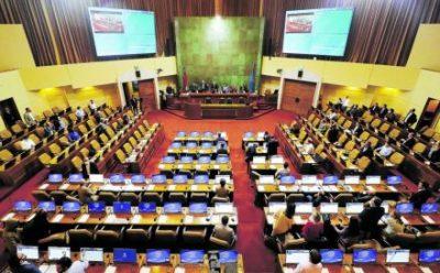 En forma transversal, los diputados proponen congelar las cuentas de servicios básicos