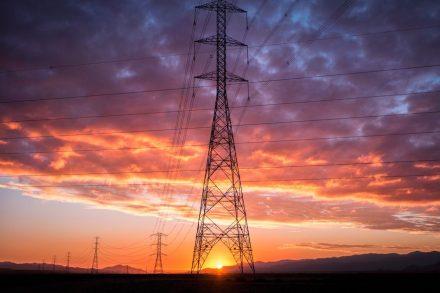 Transmisión y distribución eléctrica: Hacia transformaciones importantes