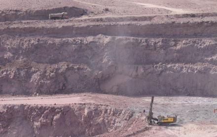 """Camino a una minería """"más verde"""": energía renovable representará 45% del consumo a 2023"""