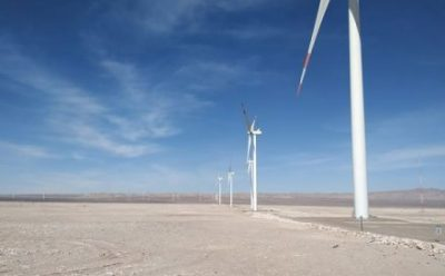 Las innovaciones detrás de la primera planta industrial híbrida de energías renovables de Chile
