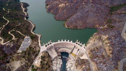 CNE: 61% de la generación eléctrica de octubre fue realizada con energías renovables