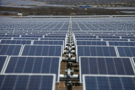 Los tres proyectos solares aprobados en febrero que suman 990 MW de capacidad instalada