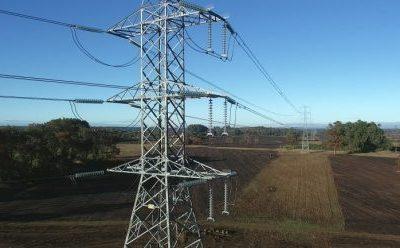 Sistema eléctrico: participación termoeléctrica representó casi 60% de la generación bruta en agosto